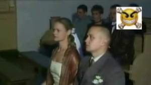 「結婚式ハプニング集」
